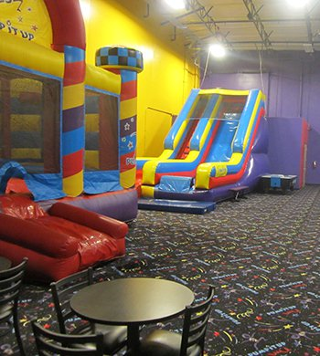 Peoria Indoor Bounce House Attractions And Pictures Pump