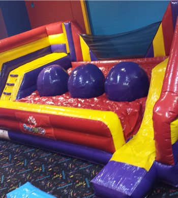 Mobile Indoor Bounce House Attractions And Pictures Pump It Up