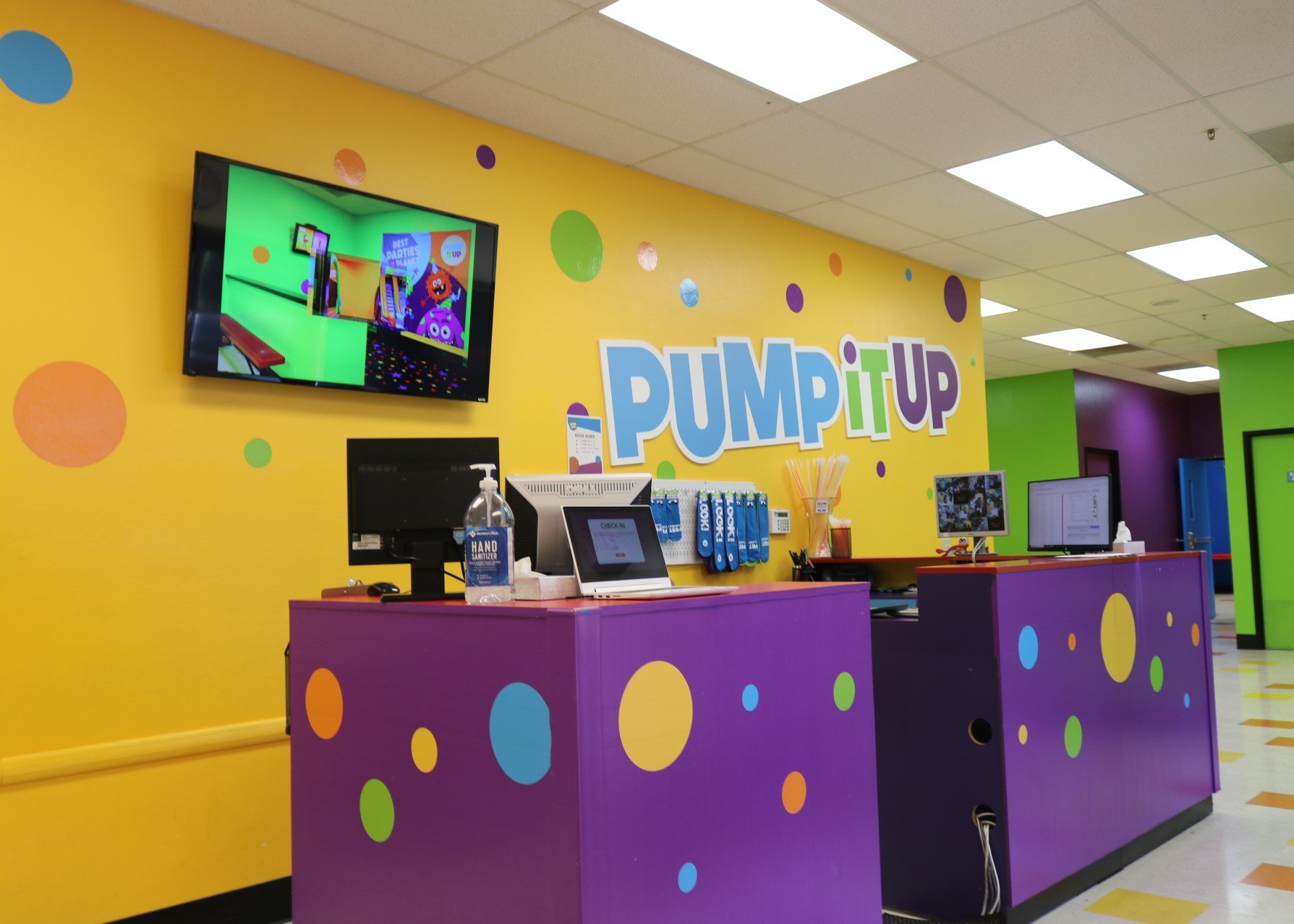 Pump It Up lobby of a kid's play center for private birthday parties.