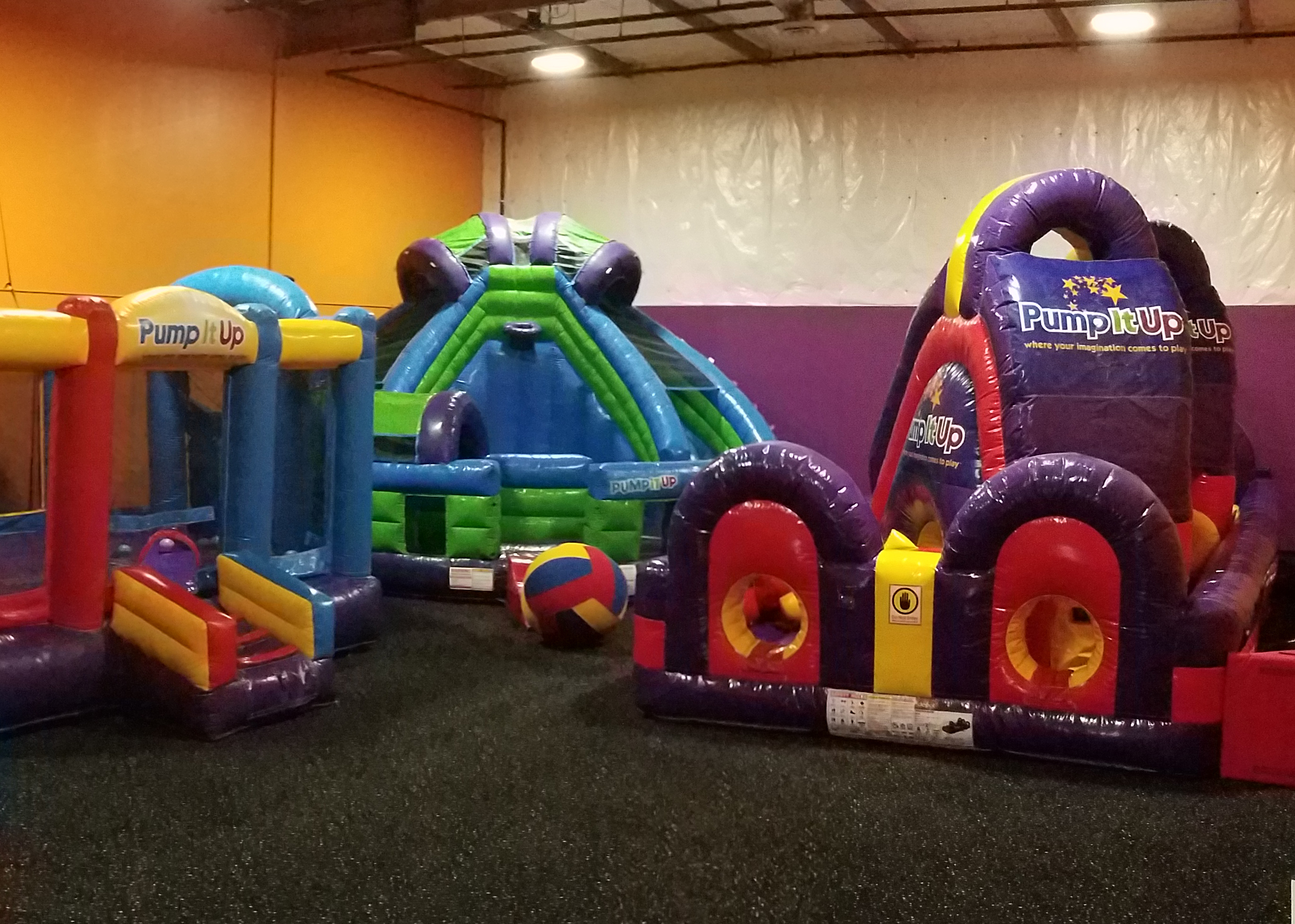 Lynnwood Arena A for private parties and lots of fun for kids on giant inflatables